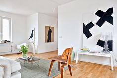 La maison d'Anna G.: Graphic paintings