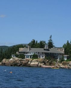vacation house on the beach in maine.  yes please.  (this one happens to be martha's, but any similar house would do.