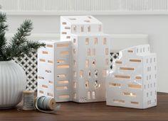 Urbania Lichthaus von Kähler Design – schmucke Windlichter zum Aufbau einer großen Stadt der Lichter: http://www.ikarus.de/marken/kahler-design.html