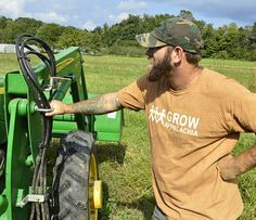 Military veterans, including Mike Lewis, founder of Growing Warriors, are cultivating a new sense of purpose by farming | kentuckymonthly.com