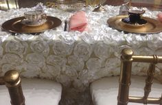Teacups wedding sweetheart table
