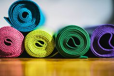 50 Ways to Reuse Yoga Fitness Mats Hanuman Images, Reduce Reuse Recycle, Mat Exercises, Clever Diy, Fun Workouts, Yoga Fitness, Diy Gifts, Sewing Crafts, Projects To Try