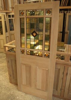 Stained Glass Interior Vestibule Door this would look amazing in my living room. Glass Bathroom Door, Glass Pantry Door, Glass Front Door, Sliding Glass Door, Glass Doors, Bathroom Windows, Stained Glass Door, Stained Glass Designs, Dorm Room Doors