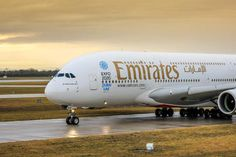A6-EER - Emirates Airlines Airbus A380 photo (114 views)