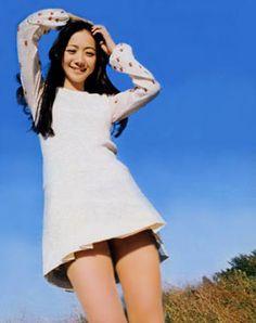 「70 年代 ミニ スカート」の画像検索結果