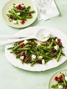 Grüner Bohnensalat mit getrockneten Tomaten, ein beliebtes Rezept aus der Kategorie Beilage. Bewertungen: 20. Durchschnitt: Ø 4,3.