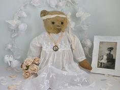 Antonia -Grace a lovely Farnell bear C1920-30   www.onceuponatimebears.co.uk