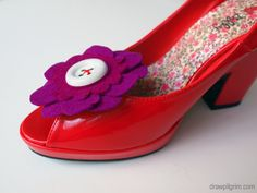 felt shoe clip DIY+pattern - must make these for her!
