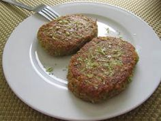 Zucchini and leek burgers - Ensalada Marisco Ideas Raw Food Recipes, Fish Recipes, Vegetable Recipes, Cooking Recipes, Healthy Recipes, Carb Free Diet, Vegan Vegetarian, Vegetarian Recipes, Zucchini