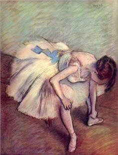 Seated Dancer - Edgar Degas ♥ www.thewonderfulworldofdance.com #ballet #dance