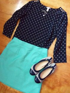 Cute skirt and top!