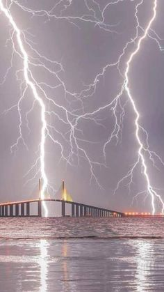 Lightning over Sunshine Skyway Bridge ,Tampa, Fl . Pic credit Justin Battles from Fox From: Texas Storm Chasers Community Group (FB) Ride The Lightning, Thunder And Lightning, Lightning Strikes, Lightning Storms, Thunder Clouds, Lightning Photography, Storm Photography, Nature Photography, Photography Tips