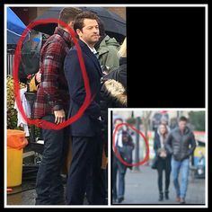 Misha's wearing Jensen's jacket. Jensen Ackles, Jensen And Misha, Supernatural Crossover, Supernatural Destiel, Dean Winchester, Misha Collins, Decimo Doctor, Cockles, Travel Humor