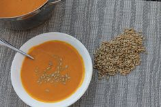 A Cold Front Is A Comin': Try this EASY Autumn Squash Soup! (My Panera Bread Copy Cat Recipe:) My sugarless recipe: Use c. Apple juice concentrate and c. Omit all oh her sweeteners. Yum served with toasted pumpkin seeds! TASTES like FALL! Autumn Squash Soup Recipe, Fall Recipes, Soup Recipes, Recipies, Butternut Soup, Vegan Lentil Soup, Fall Dishes, Thanksgiving, Panera Bread