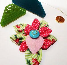 Carmi's Art/Life World: Kanzashi Flower Maker - Another Amazing Clover Tool!