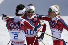 Tripletta norvegese nella 30Km di fondo. Riscattata una olimpiade deludente per questa nazionale. Bronzo Steira, Argento Johaug, Oro per una ormai leggendaria Marit Bjoergen