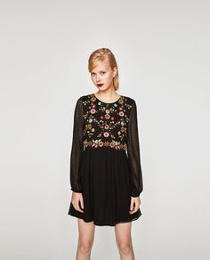 https://www.zara.com/id/en/embroidered-dotted-mesh-dress-p00881302.html?v1=4807524&v2=965503
