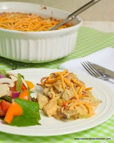 This Chicken Chow Mein Casserole is an easy-to-prepare flavorful casserole that makes great use of leftover chicken. Chow Mein Casserole Recipe, Casserole Recipes, Leftover Chicken Recipes, Leftovers Recipes, Fish Recipes, New Recipes, Cooking Recipes, Buffalo Chicken, Slow Cooker