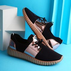 Printing Ideas Useful White Tennis Shoes Nike Shops Casual Chic, Fashion Casual, Mens Fashion Shoes, Sneakers Fashion, Fashion Top, Work Casual, Work Fashion, Fashion Women, Tennis Shoes Outfit