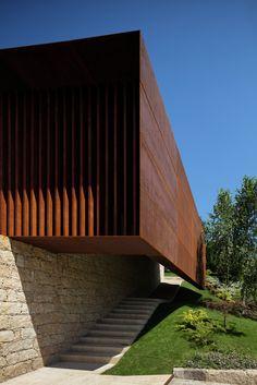Galeria de Palácio Igreja Velha / Visioarq Aquitectos - 6