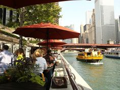 Doesn't matter if it's the Chicago River or Lake Michigan, there are tons of scenic establishments to eat or drink.