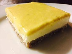 Cheesecake de lemon curd cremoso | Na Caverna da Marta Healthy Recipes, Healthy Food, Desserts, Drinks, Lemon Cheesecake, Palm Sugar, Paleo Recipes, Tailgate Desserts, Dinner