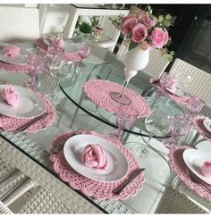 Table Labels, Place Mats Quilted, Crochet Decoration, Valentines Day Decorations, Easter Table, Table Arrangements, Deco Table, Diy Home Crafts, Table Settings
