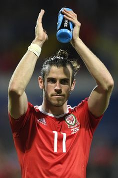 Wales' forward Gareth Bale celebrates the team's 30 win in the Euro 2016 group B football match between Russia and Wales at the Stadium Municipal in. Fa Football, Welsh Football, Football Images, Football Is Life, World Football, Football Match, Football Jerseys, Wales Euro 2016, Real Madrid Gareth Bale
