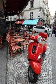 red Vespa in Paris 2eme