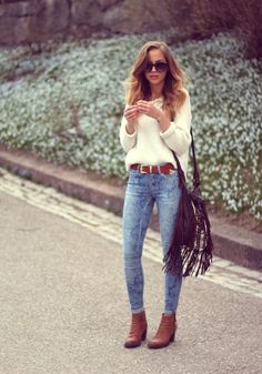 I need boots and a white sweater like that in my life.