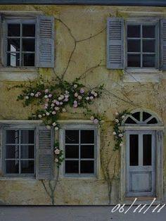 http://atelier-de-lea.blogspot.ru/2011/11/la-facade-les-rosiers.html