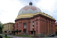 Kassa (Slovak: Košice) Neolog Synagogue, Mosques, Cathedrals, Synagogue Architecture, Jewish Synagogue, Jewish History, Central Europe, Beautiful Places In The World, Bratislava, Torah