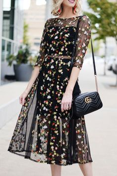 Sheer cutout embroidered floral midi dress floral embroidery sheer panels fall floral dark floral fall cocktail dress black midi dress Source by justatinabit Dresses Fall Cocktail Dress, Cocktail Gowns, Cocktail Attire, Evening Cocktail, Fall Dresses, Bridal Dresses, Prom Dresses, Chiffon Dresses, Bridesmaid Gowns