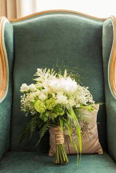 Photo d'un magnifique bouquet de mariée by So Coquelicot . Beautiful wedding bouquet. #wedding #mariage #fleurs
