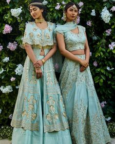 Buy Best Exclusive Colletion Of Bridal Lehengas, Women's Wedding cloth Indian Wedding Gowns, Indian Bridal, Indian Dresses, Indian Outfits, Sangeet Outfit, Mehendi Outfits, Indian Attire, Indian Wear, Lehnga Dress