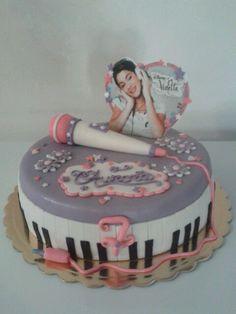Torta Violetta Violetta Torte, Birthday Cakes, Birthday Parties, Fondant, Sweet Cakes, Dessert Recipes, Desserts, Cake Decorating, Projects To Try