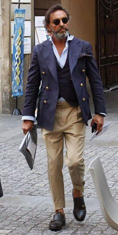 60 Professional Beard Styles for Men – Business Focusing … – Fashion Ideas Older Mens Fashion, Mens Fashion Suits, Fashion Fashion, Beard Fashion, Fashion Women, Fashion Ideas, Mode Masculine, Sharp Dressed Man, Well Dressed Men