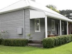 grey exterior house colors Love the weatherboard exterior Cottage Exterior Colors, Exterior Color Schemes, House Color Schemes, Exterior Paint Colors, Paint Colours, Colour Schemes, Paint Schemes, Weatherboard Exterior, Grey Exterior