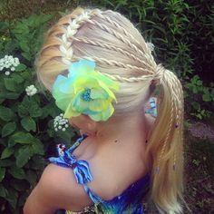 rope twist ponytail by Jenni's Hairdays köysilettikampaus