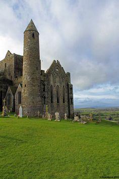 Rock of Cashel, Tipperary, Ireland by Noel Byrne