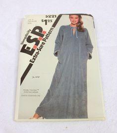 Vintage Women's Zipper-front ROBE Pattern Size 16 18 20 Simplicity 5221 ESP #Simplicity #ZipperFront