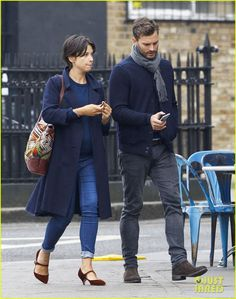 Jamie Dornan Walks Arm-in-Arm with Wife Amelia Warner in London: Photo #3485181. Jamie Dornan and his wife Amelia Warner link arms while going for a stroll around town on Friday afternoon (October 16) in London, England.    The 33-year-old Fifty…