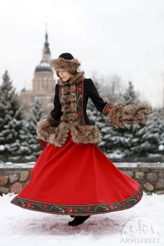 1c4deeb7692a9 12 Best Russian traditional dress images | Russian fashion, Russian ...