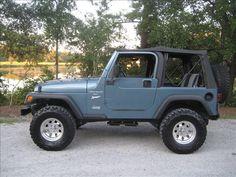Blue Jeep Wrangler, Jeep Suv, Range Rovers, Ford Bronco, Vroom Vroom, Broncos, Old Cars, Trucks, Paint
