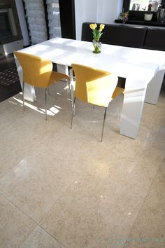 Dining Chairs, Dining Table, Small Rooms, Natural Stones, Countertops, Kitchen Decor, Decorating Ideas, Flooring, Wall