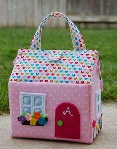 Mochila de casita para niñas-Moldes