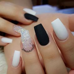 30 Extraordinary Black White Nail Designs Ideas Just For You white nails Coffin Nails Matte, Best Acrylic Nails, Matte White Nails, Black White Nails, Oval Nails, Cute Black Nails, Fake Nails White, Black Ombre Nails, Nail Pink