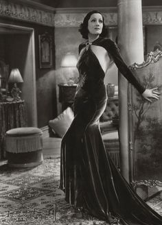 Juliette Compton... love love love the dress.