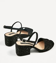 Getting ready for spring? These are the shoes you should be shopping now! www.zara.com/