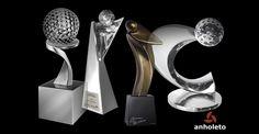 Troféus de Golfe em qualquer formato ou dimensão, nas cores ouro, prata ou bronze. Você pode escolher o modelo em nosso portfólio exclusivo de Golfe www.anholeto.com.br ou ainda solicitar um projeto exclusivo, de acordo com sua necessidade de arte e orçamento! Troféus de Golfista; Troféu de Duplas, Troféus com bola de golfe, Troféus com bandeiras, Troféus de Campo de Golfe, Troféus Hole in One, Taças personalizadas, Medalhas de Golfe, Placas de Homenagem, qual a sua preferência? Aqui você…